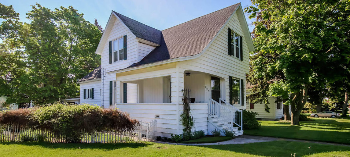 709 Maple Street, Manistee, MI 49660 $114,500